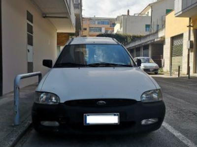 used Ford Escort - 2002