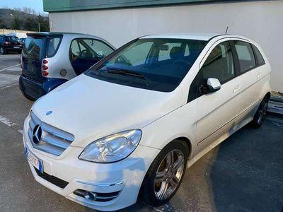 usata Mercedes B200 CDI Executive 2010 automatico