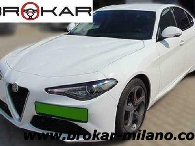 gebraucht Alfa Romeo Giulia 2.0 Turbo 200 CV AT8 Super - DAB - CAMERA