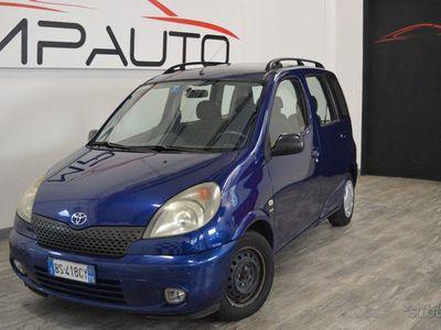 używany Toyota Yaris Verso LUNA