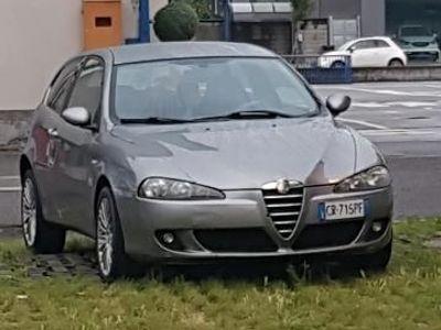używany Alfa Romeo 147 1.9 JTD M-JET 16V 3 porte Dist.