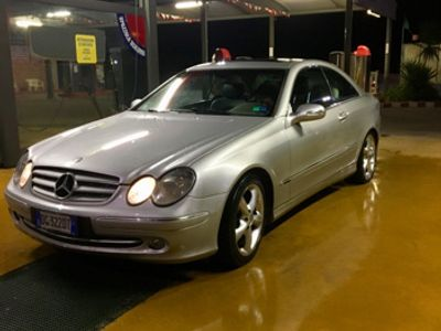używany Mercedes CLK270 full full