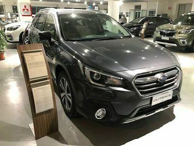 usata Subaru Outback 2.5i Lineartronic Premium GPL