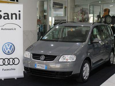 usado VW Touran 16V FSI usato