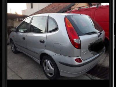 usado Nissan Almera Tino