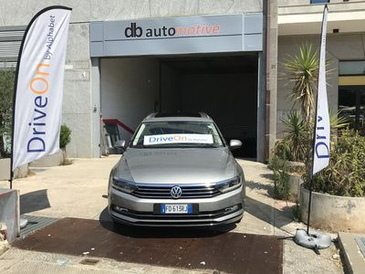 usata VW Passat Variant 2.0 TDI DSG Executive Blu