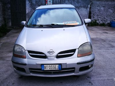 used Nissan Almera Tino