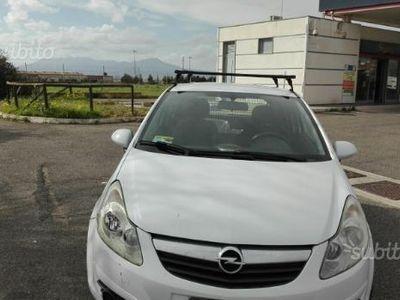 Corsavan compra opel corsavan usate 15 auto in vendita for Rc auto nettuno