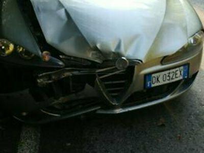 usata Alfa Romeo 147 2 serie 120cv 1.9 incidentata