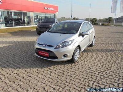usata Ford Fiesta usata del 2010 a Modugno, Bari, Km 105.000