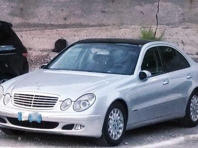 usata Mercedes E240 E 240 cat Elegance