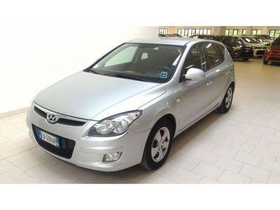 usata Hyundai i30 i30 1.4 16V 109CV 5p. BlueDr. GPL Active DA PREPARARE!!!1.4 16V 109CV 5p. BlueDr. GPL Active DA PREPARARE!!!