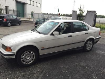 gebraucht BMW 318 Serie 3 (E36) cat 4 porte