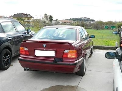 usata BMW 320 i 24V cat 4 porte