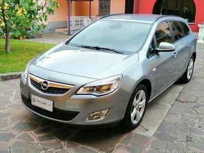 usata Opel Astra 1.7 CDTI 110CV Sports Tourer Cosmo