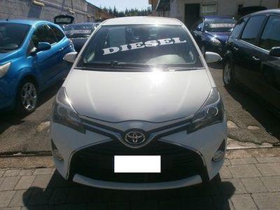 "usata Toyota Yaris Yaris 1.4 D-4D 5 porte Trend ""White Edition"""