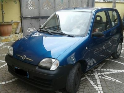 usado Fiat 600 - 2007 1.1 con clima e city
