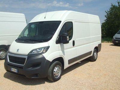 usado Peugeot Boxer 333 2.2 HDi/130CV FAP PM-TM Combi Comfort