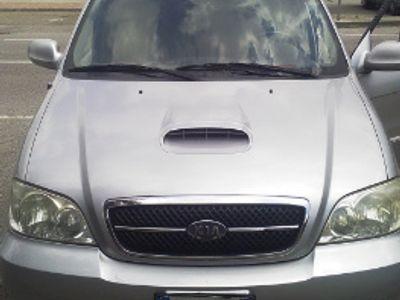 used Kia Carnival automatica
