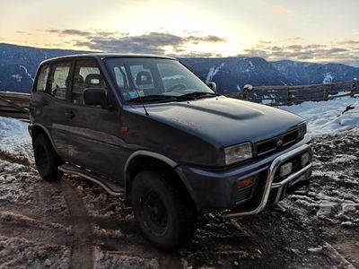 usata Nissan Terrano II SLX
