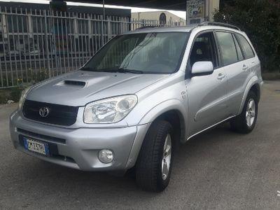 usata Toyota RAV4 2.0 D4D 4x4 anno 2004