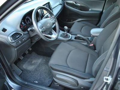 usado Hyundai i30 1.6 CRDi 110CV 5 porte Business