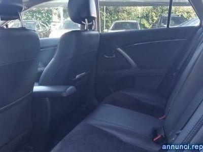 usata Toyota Avensis 2.0 D-4D Wagon Lounge Roma