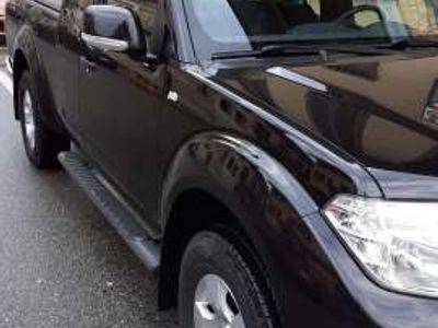 used Nissan King Navara 2.5 dCi 190CV 2 porteCab XE