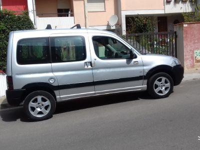 begagnad Peugeot Partner vettura .trattabile