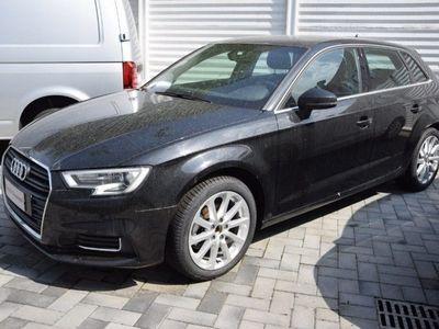 usata Audi A3 1.6 TDI 116 CV S tronic Design del 2017 usata a Assago