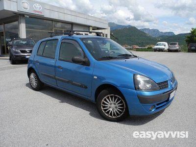 second-hand Renault Clio 1.2 cat 5 porte expression vende privato benzina