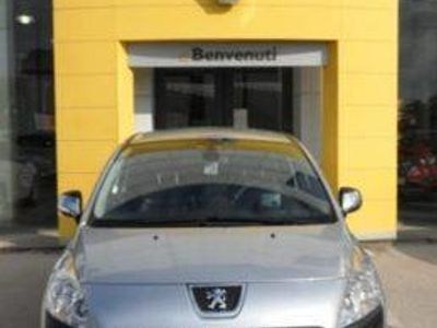 gebraucht Peugeot 3008 OUTDOOR 1,6 HDI 110CV. S/S MT6