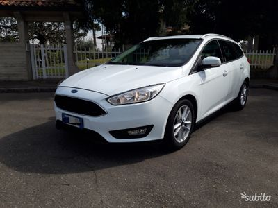 gebraucht Ford Focus 2.0 TDCi 150CV powershift business