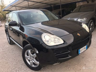 usata Porsche Cayenne 3.2 250cv+pelle+navi+xenon