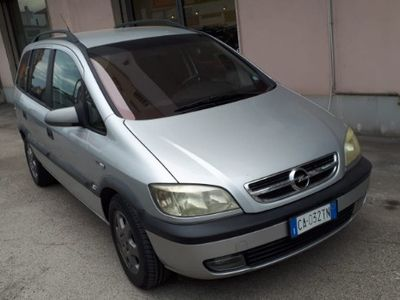 usata Opel Zafira - 2001 900