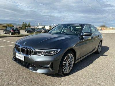 usata BMW 320 Serie 3 d xDrive Luxury del 2019 usata a Matera