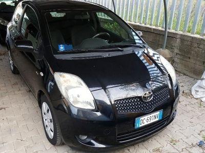 gebraucht Toyota Yaris usata del 2006 a Cento, Ferrara