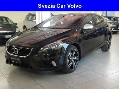 usata Volvo V40 km 0 del 2017 a Milano, E.26.750