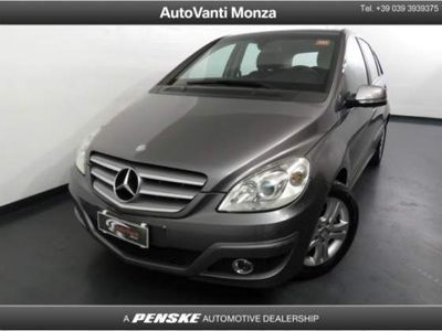 gebraucht Mercedes B180 ClasseBlueEFFICIENCY Executive del 2011 usata a Monza