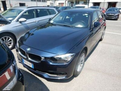 usata BMW 318 d Touring autom RESTYLING NAVI Euro6 B47
