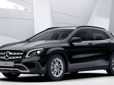 gebraucht Mercedes GLA220 d 4Matic RESTYLING,CAMBIO AUTO,FULL LED,NAVIGATORE