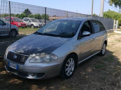 begagnad Fiat Croma 1.9 Multijet 16V Active