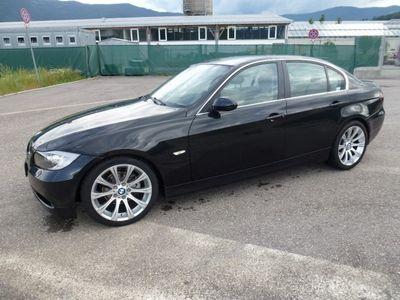 usata BMW 325 i cat Futura
