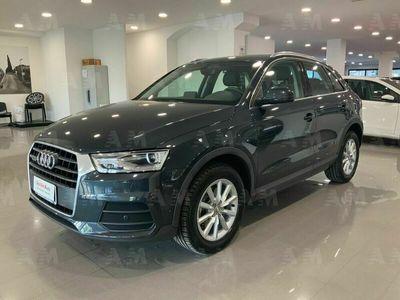 usata Audi Q3 2.0 tdi quattro s-tronic business