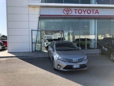 brugt Toyota Avensis 2.0 D-4D Wagon Lounge