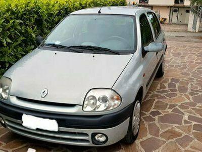 usata Renault Clio 1.4 16V cat 5 porte RXE