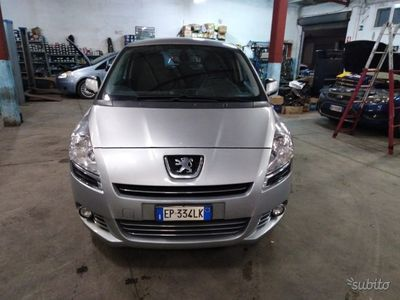second-hand Peugeot 5008 1600 hdi 112cv 2013