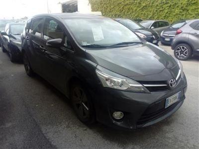 brugt Toyota Verso 1.6 D-4D Active 7 posti del 2014 usata a Bari