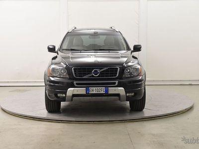 begagnad Volvo XC90 2.4 D5 AWD 200CV GEARTRONIC
