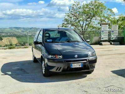 usata Fiat Punto 1.2i 3 porte EL BENZINA RADIO NEOPATENTATI rif. 15216706